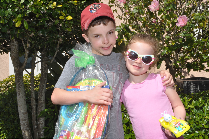 Andrew, 9, and Ella Russell, 9