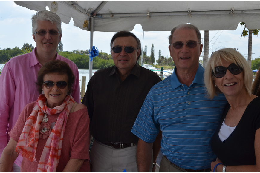 Michael Scott, Sheila and Jerry Birnbaum with Larry and Debbie Haspel