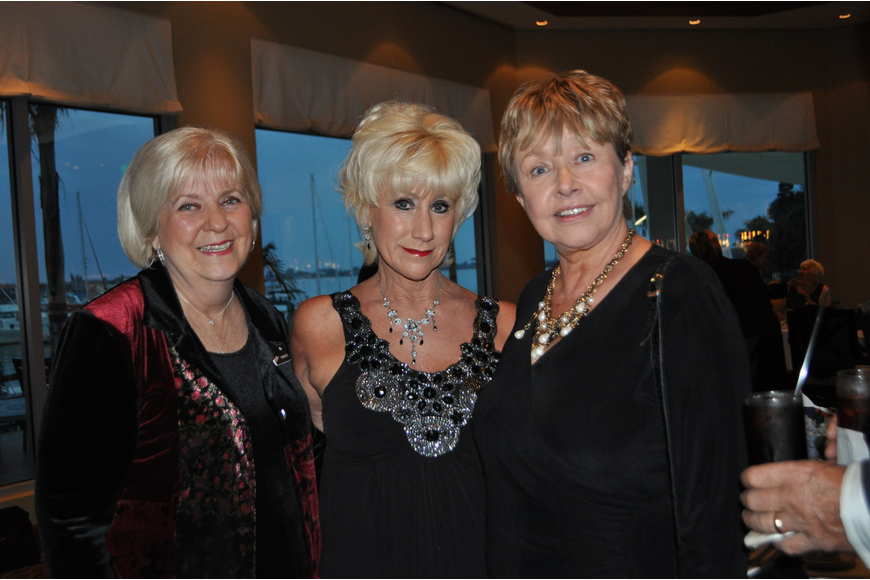 Jean Gomoll, Mary Reiter and Raynette Lignos