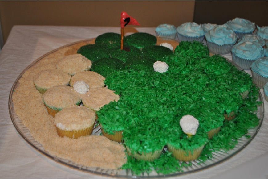 Sandy Wood made this golf course shaped cupcake assortment.