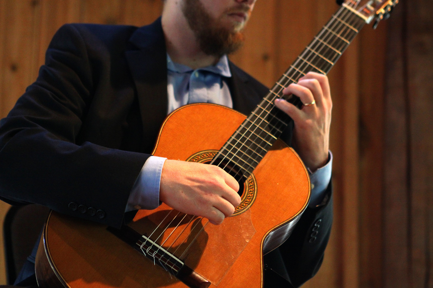 Dr. Zachary Johnson played for a crowd at Siesta Key Chapel, Sunday, March 25.