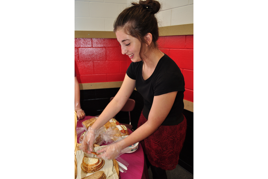 Emily Margolis kept the bread baskets full.