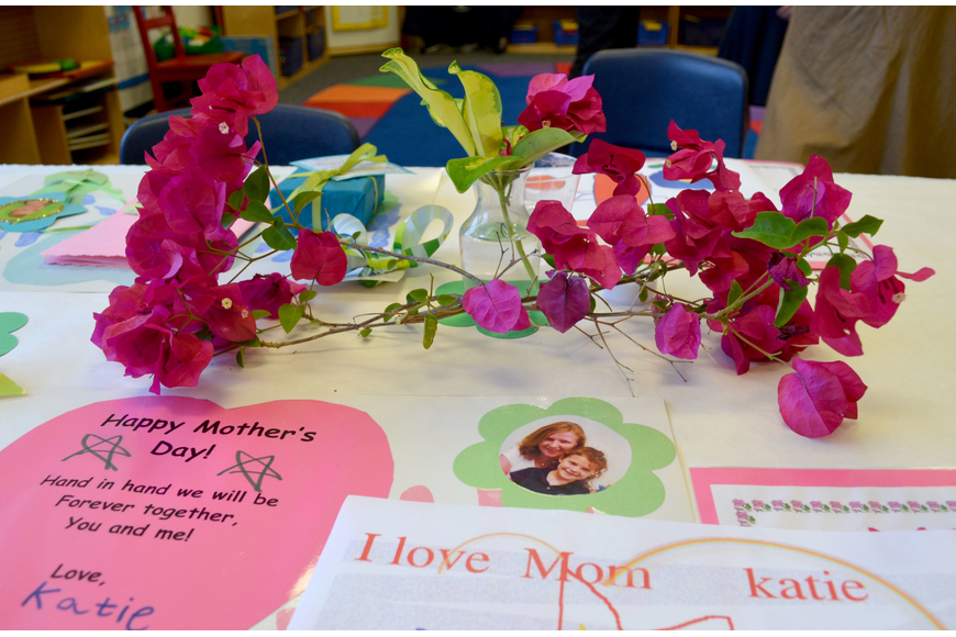 ODA students made gifts for their mothers.