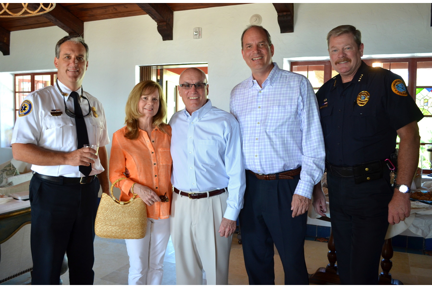 Fire Chief Paul Dezzi, Debbie Duncan, Vice Mayor Jack Duncan, Developer Jay Tallman and Police Chief Pete Cummings