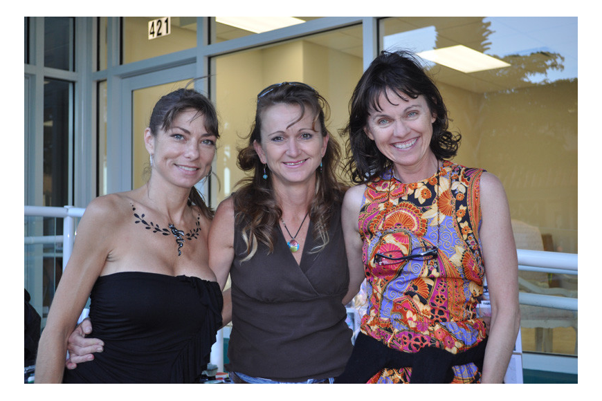 Suzy Kalin, Amy Kaiser and Patty Erwin offered face and body painting.