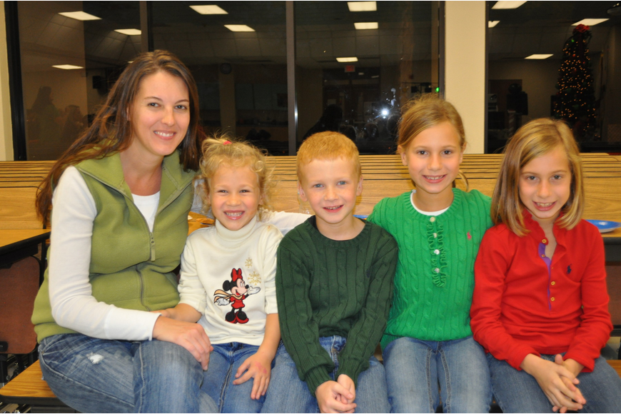 Melissa Volner with her children Delaney, Nathan, Kendall and Alli
