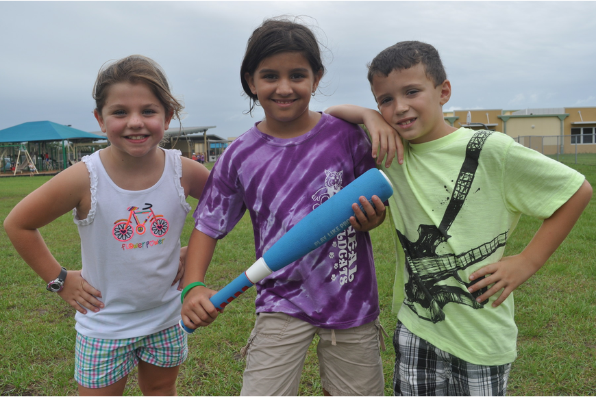 Peyton Knight, Vanessa Richtfort and Jacob Rosenberg played wiffle ball.