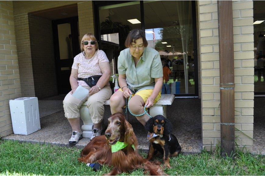 Madeline Kocubek and Dr. Denise Beck-Melis with her dogs, Danny Boy and Joey