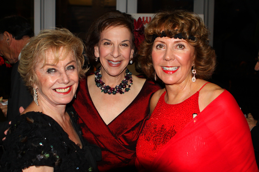 Molly Schechter, Susan Jacobson and Evelyn Maurer