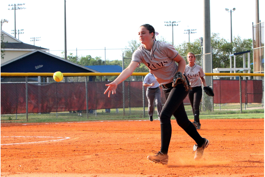 Riverview's, Rachel West, 6, throws the ball to her teammate during Tuesday night's game.